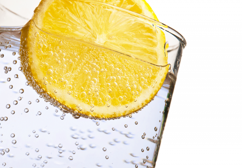 Water with lemon- dehydration