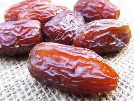 Dates, Dried Fruit and Nibs