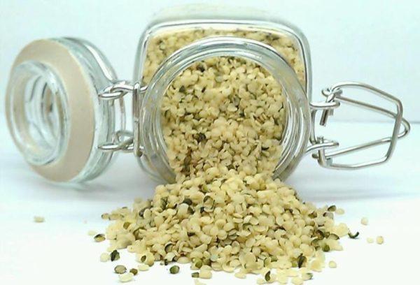 organic raw hemp_seeds_hulled