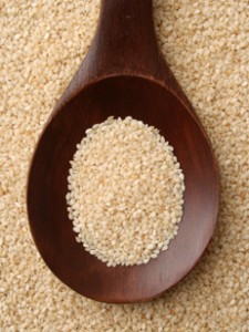 organic raw sesame-seeds