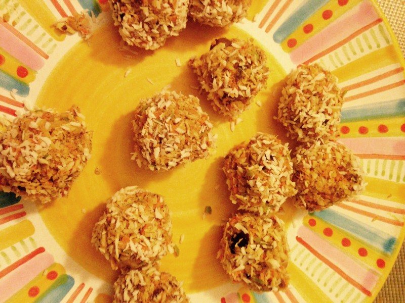 Granola Balls- The Clever Kitchen